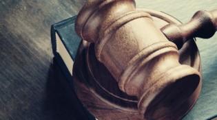 Como é a carreira de Direito